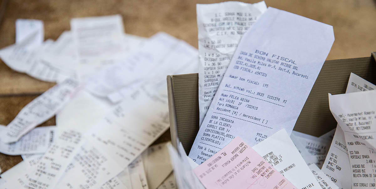 How an OCR Check with a Receipt Scanning App Can Help You to Save Money